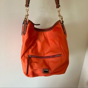 NWOT Dooney & Bourke wayfarer orange nylon hobo bag with pouch